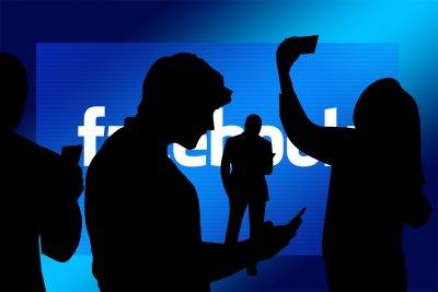 Dipendenza e alienazione. Internet, social, intrattenimento